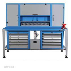 میز کار ثابت با تابلوی درب دار و دو عدد جعبه ابزار پنج کشو حرفه ای مدل 200M شاهرخ ابزار